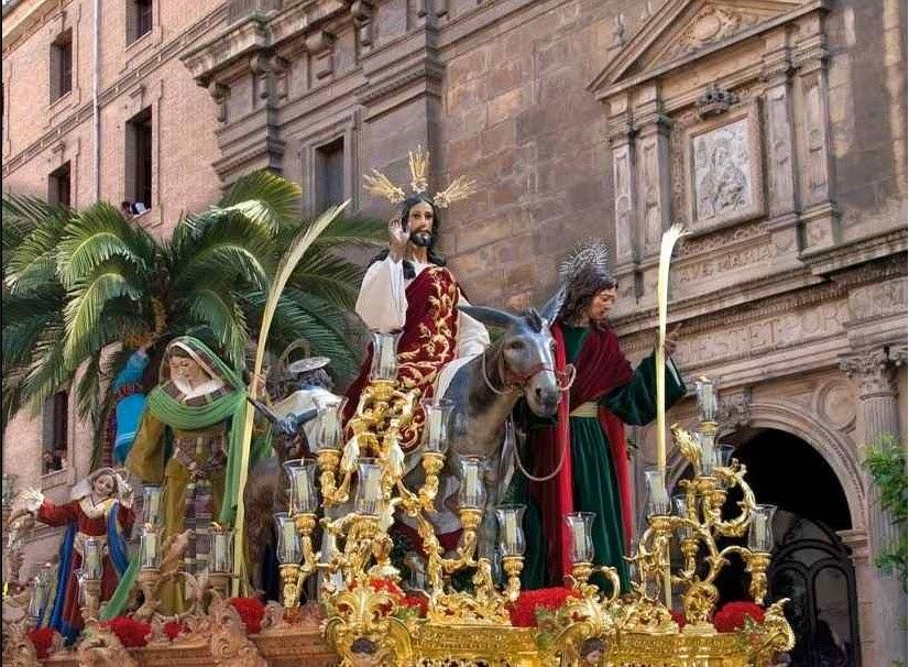 Domingo Santo en Granada
