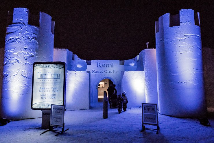 entrada-palacio-kemi