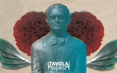 ¿Sabes quiénes son las estatuas de la Avenida Constitución?